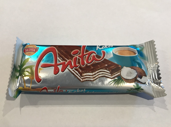 Anita wafer with coconut cream filling